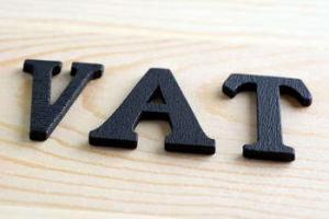 Sprzedaż działki a VAT